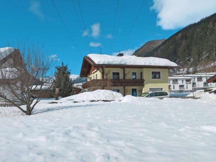 Ferienwohnung Faulhaber (PET130) in Pettneu am Arlberg - 5 Personen, 2 Schlafzim, aluguéis de temporada em Pettneu am Arlberg