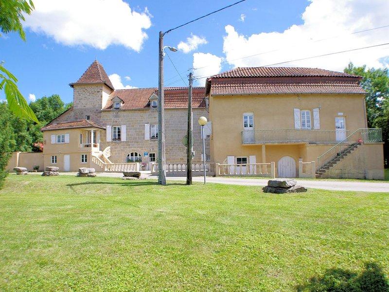 Chambre d'hôtes Figeac de 37 m², holiday rental in Bouillac