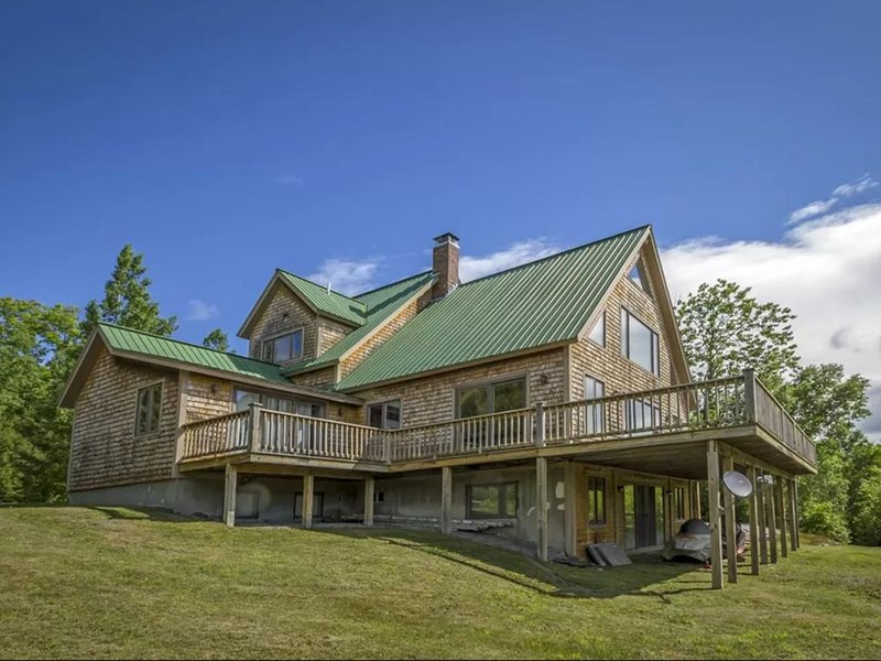 Greatest views in all the north country!, vacation rental in Whitefield