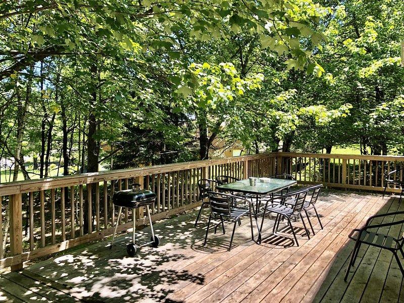 Woodsy Pocono House - Close to Whitewater Rafting and Pet Friendly, alquiler de vacaciones en Lehighton