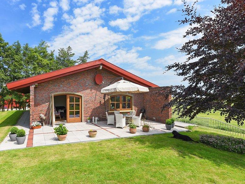 Einzigartiges Ferienhaus mit Sauna auf dem Alexandrinenhof zwischen den Deichen, holiday rental in Langeoog