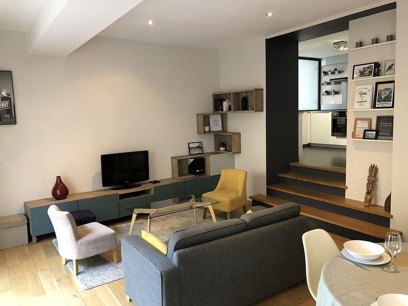 Appartement en centre-ville à 450m de la mer, vacation rental in Granville