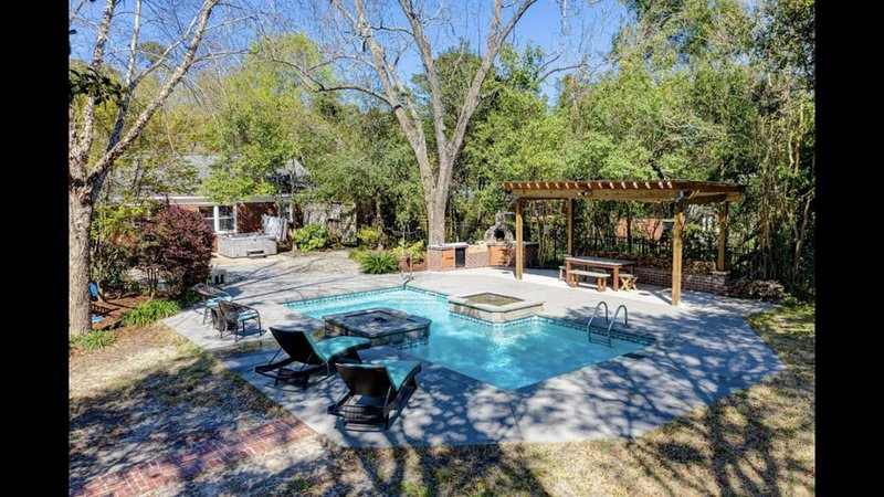 Midtown Oasis 10 min from Wrightsville Beach and Downtown, vacation rental in Wilmington