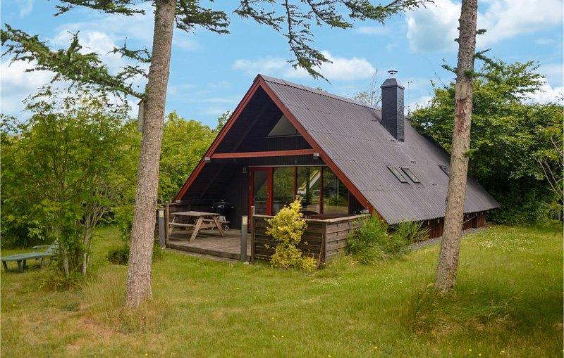 3 Zimmer Unterkunft in Hemmet, aluguéis de temporada em Skjern