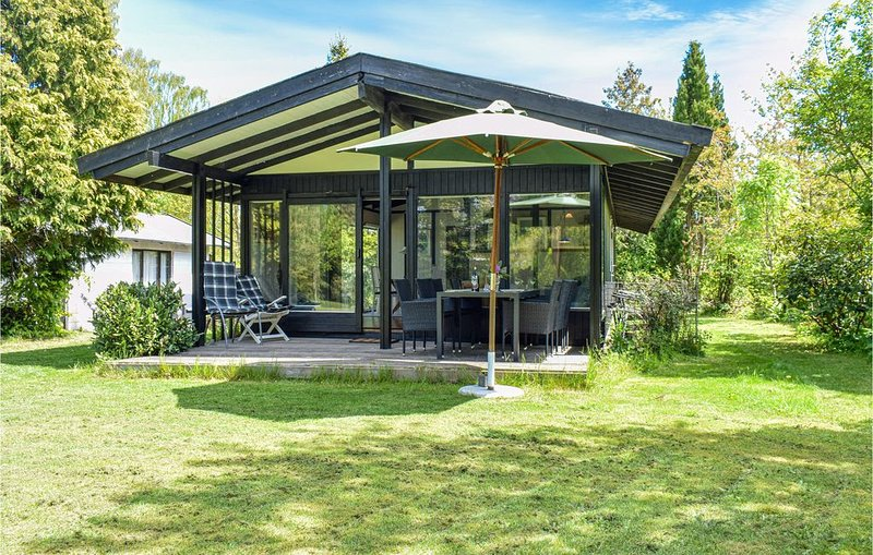 2 Zimmer Unterkunft in Dronningmølle – semesterbostad i Hornbaek