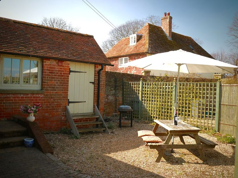 Twyne; beautiful 5 Star Gold rated cottage in rural Kent, vacation rental in Stourmouth