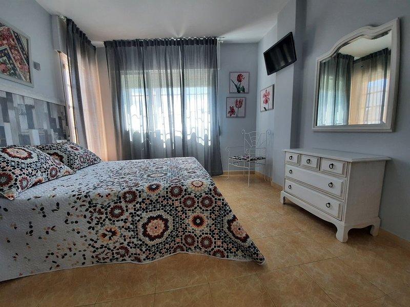 Bonito piso para escapadas en el centro de O Grove, location de vacances à El Grove