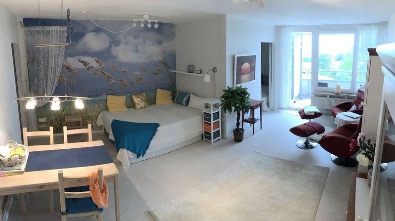 Moderne / Charmante Ferienwohnung in Eckernförde mit Meerblick, holiday rental in Eckernforde