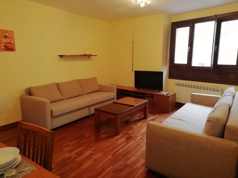Apartamento en el centro de Toledo 1C, holiday rental in Arges
