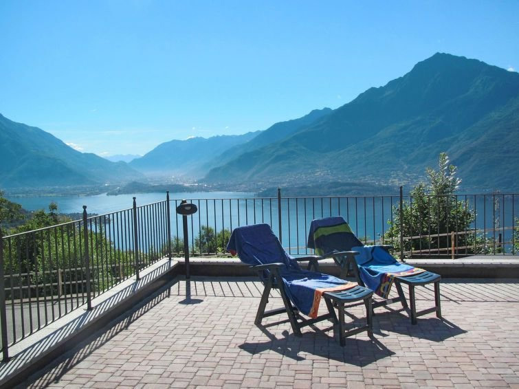 Apartment in Gravedona ed Uniti (CO), Lake Como - 3 persons, casa vacanza a Dosso del Liro