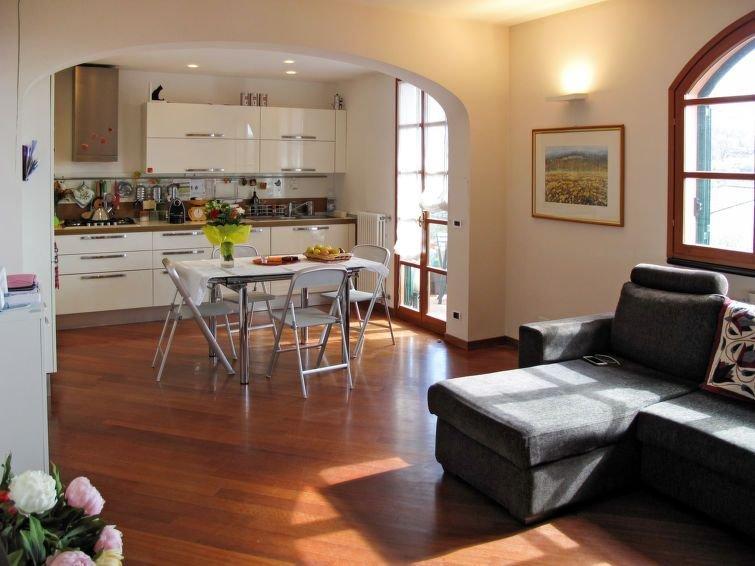 Ferienhaus Gabri (PTL460) in Pietra Ligure - 5 Personen, 2 Schlafzimmer, holiday rental in Rialto
