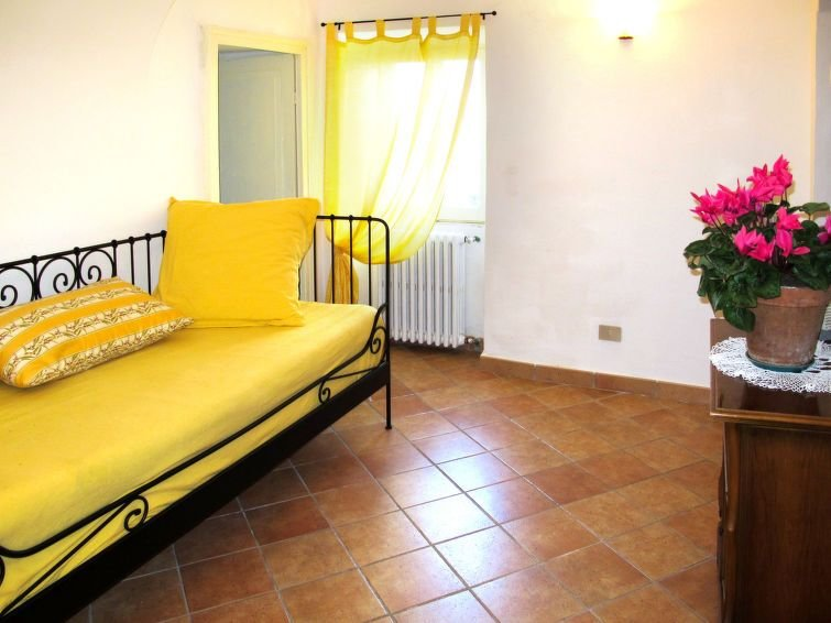 Ferienhaus Casa Pina (IMP233) in Imperia - 5 Personen, 2 Schlafzimmer, vacation rental in Poggi