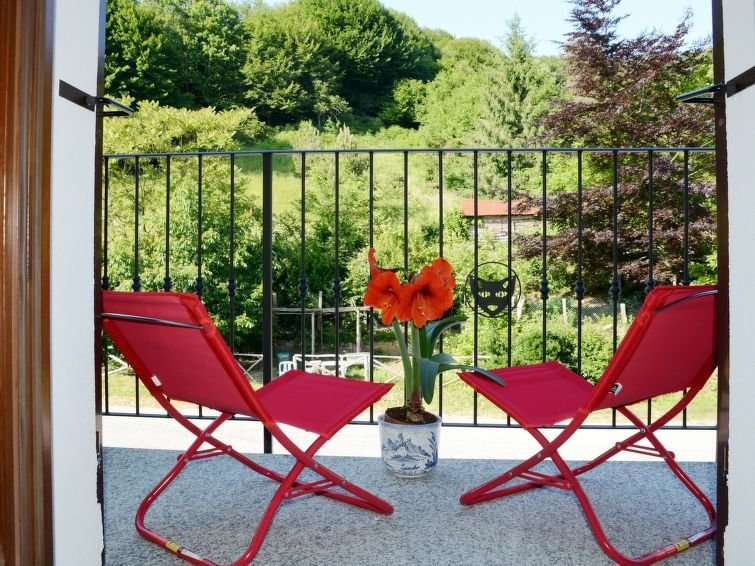 Ferienwohnung Sambucco (SBO102) in San Bartolomeo del Bosco - 5 Personen, 2 Schl, vacation rental in Ellera