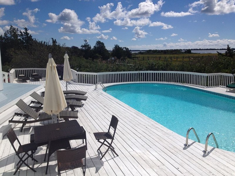 Westhampton - Bayview, Heated Pool, Private Dock - LD rental, vacation rental in Westhampton