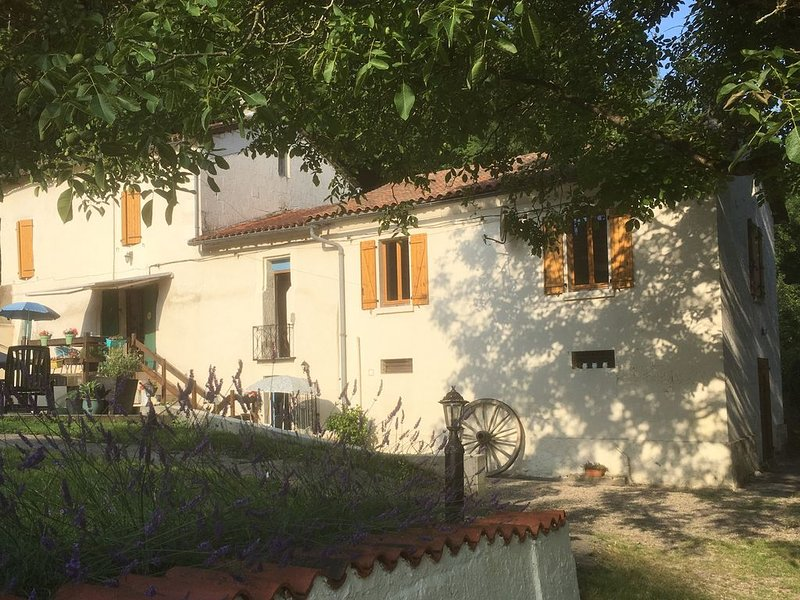 Perfect for relaxation, recreation and exploration., holiday rental in Chenaud