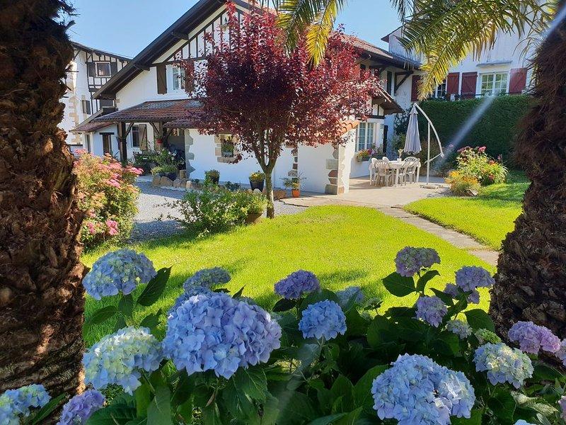 NOUVEAU Suite + terrasse Gîte Etchenika Côte Basque (3***) mer et montagne, alquiler vacacional en Sare