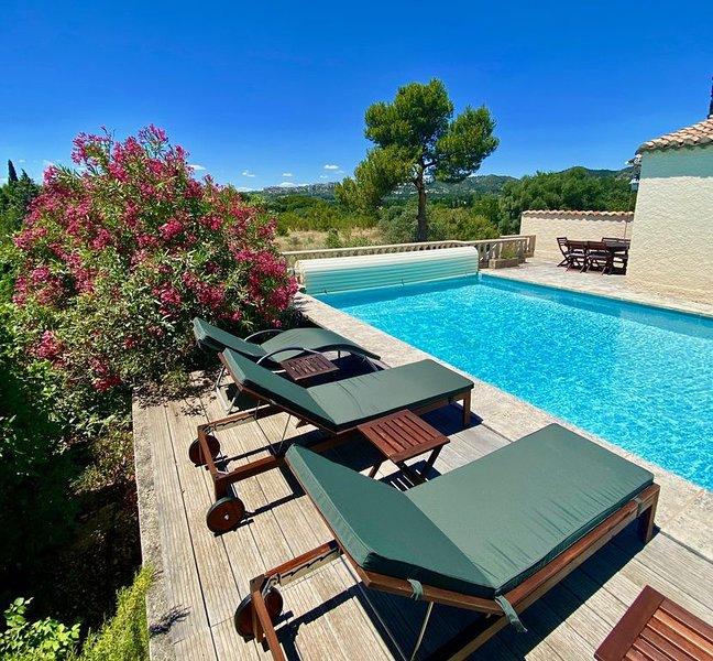 Mas provençal  Vue Panoramique sur Chateau des Baux et Alpilles, holiday rental in Les Baux de Provence