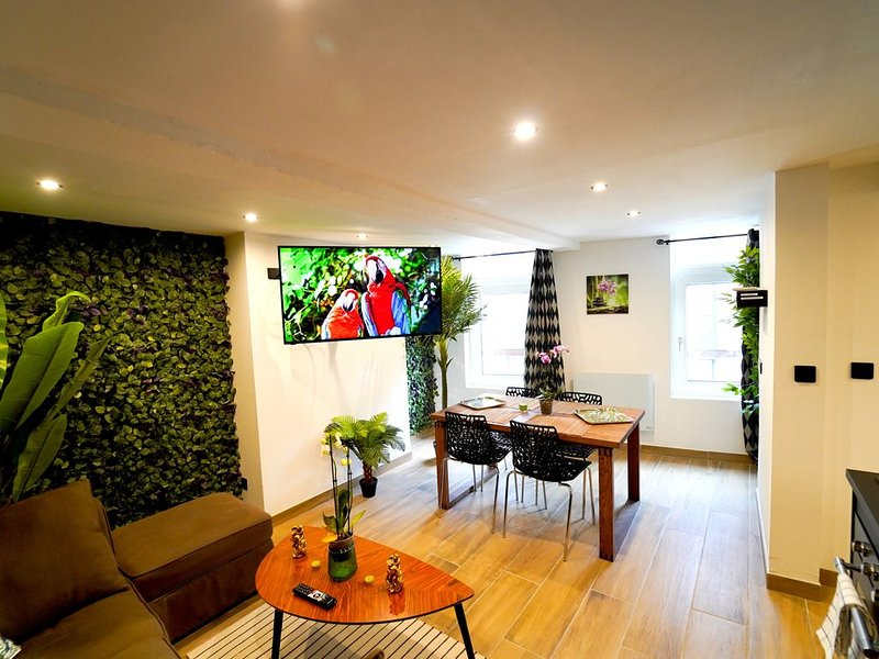 Capsule Jungle, holiday rental in Vieux-Conde