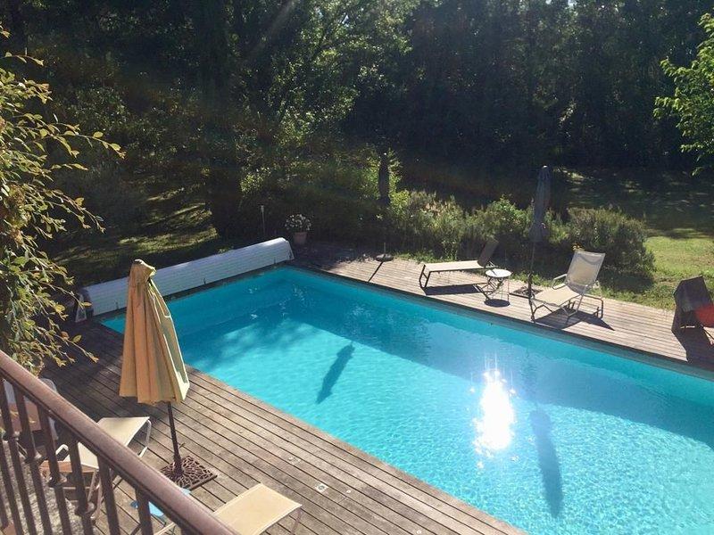 Magnifique appartement indépendant avec terrasse à usage privé., holiday rental in Roussillon