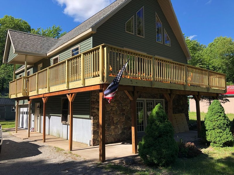 Newly Remodeled, Walking Distance into Old Forge and Water Park. – semesterbostad i Woodgate