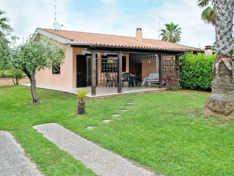 Ferienhaus Barbi (SPL200) in Sperlonga - 5 Personen, 2 Schlafzimmer, alquiler vacacional en Monte San Biagio