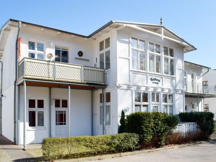Ferienwohnung Bergstraße (BSN205) in Bansin - 2 Personen, 1 Schlafzimmer, holiday rental in Uckeritz