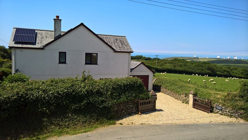 Barn Park Lodge near Sandymouth, Bude, Cornwall., vacation rental in Morwenstow