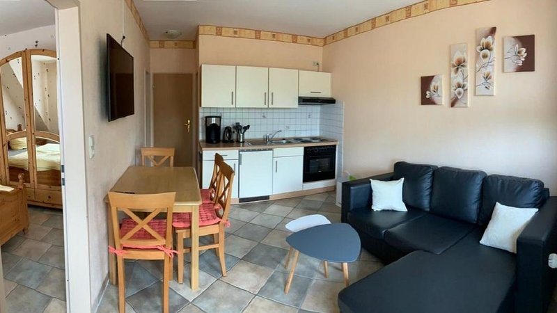 Ferienwohnung 'Juist' in Holtgast, holiday rental in Utarp