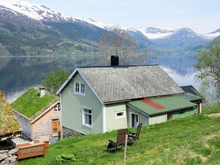 Ferienhaus Jølstrablikk (FJS096) in Vassenden - 5 Personen, 3 Schlafzimmer, holiday rental in Hjelle
