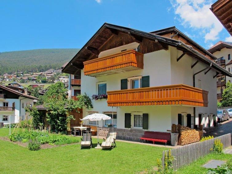 Ferienwohnung Demetz (ORS175) in Ortisei St Ulrich - 4 Personen, 2 Schlafzimmer, Ferienwohnung in Seis am Schlern