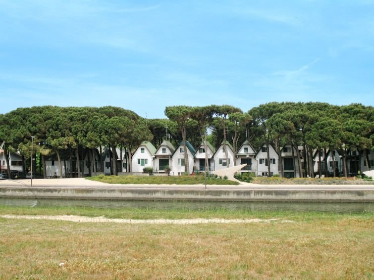 Ferienhaus Logonovo (LSP151) in Lido di Spina - 5 Personen, 1 Schlafzimmer, vacation rental in Porto Garibaldi