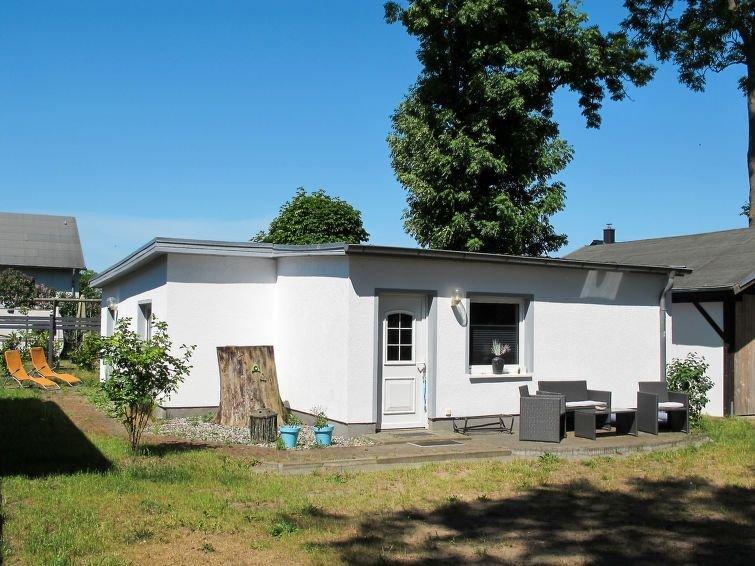 Ferienhaus Lotta (ZTZ349) in Zinnowitz - 4 Personen, 2 Schlafzimmer, alquiler vacacional en Luetow