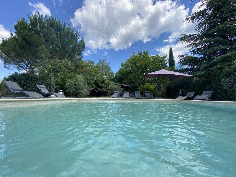 Parc Régional du MONT VENTOUX Grand Mas avec belle  piscine panoramique ***, holiday rental in Villes-sur-Auzon