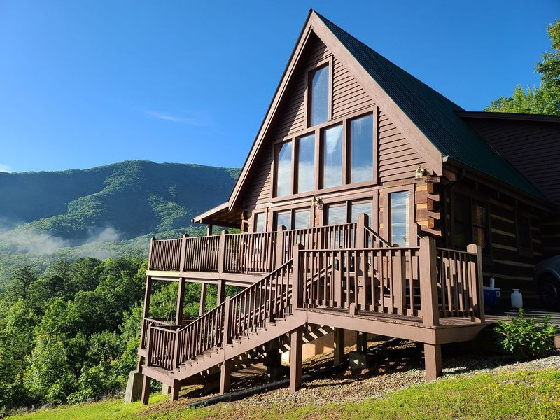 Scenic views at Southern Drawl Cabin by Pigeon Forge, Privacy, WiFi, Romantic, holiday rental in Wears Valley