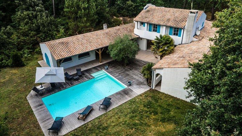 Villa LE BOIS DU PETIT CHEMIN, location de vacances à Ronce-les-Bains