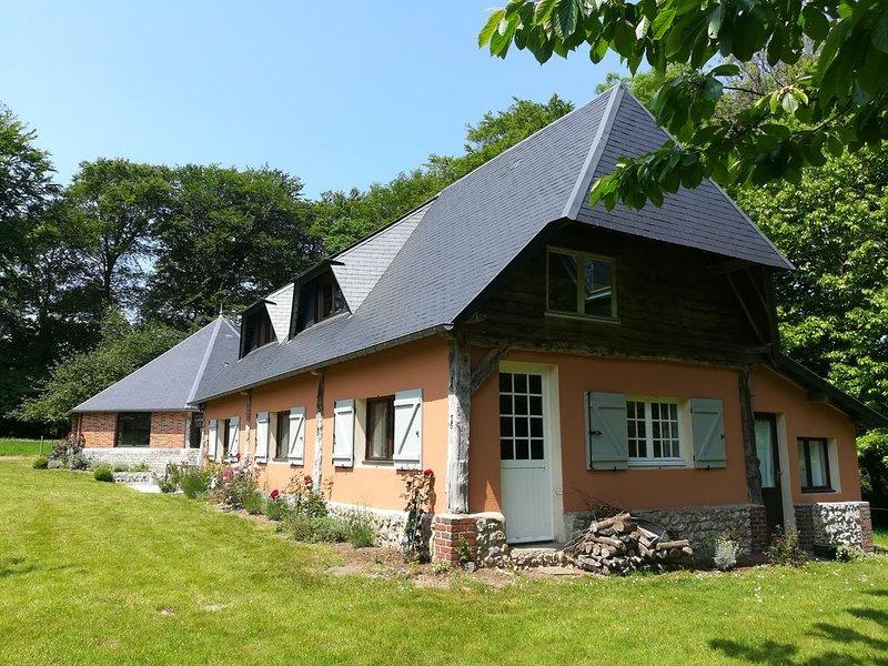 A côté d'Etretat, maison de charme, lumineuse, verdure, jusqu'à 6  personnes, location de vacances à Le Tilleul