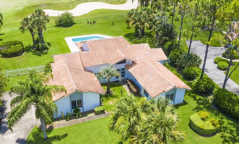 SWISS 31 - Golf Course, holiday rental in Groveland