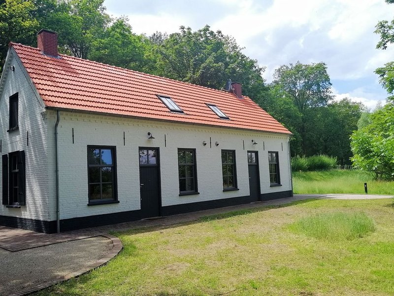 Secluded Holiday Home in Erp with Garden – semesterbostad i Eindhoven