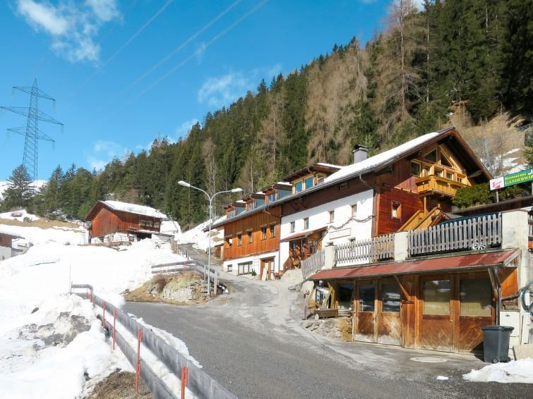 Ferienwohnung Obergand (STA215) in Sankt Anton am Arlberg - 10 Personen, 4 Schla, aluguéis de temporada em Pettneu am Arlberg