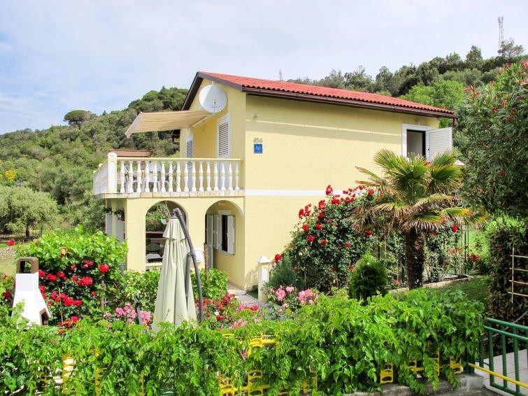Ferienwohnung Kolic in Rab/Rab - 4 Personen, 2 Schlafzimmer, vacation rental in Mundanije