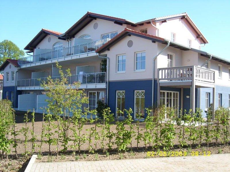 Wohnung 16 (Leuchtturm), moderne Ferienwohnung im 1. OG für 4 Personen in Rerik, casa vacanza a Rerik