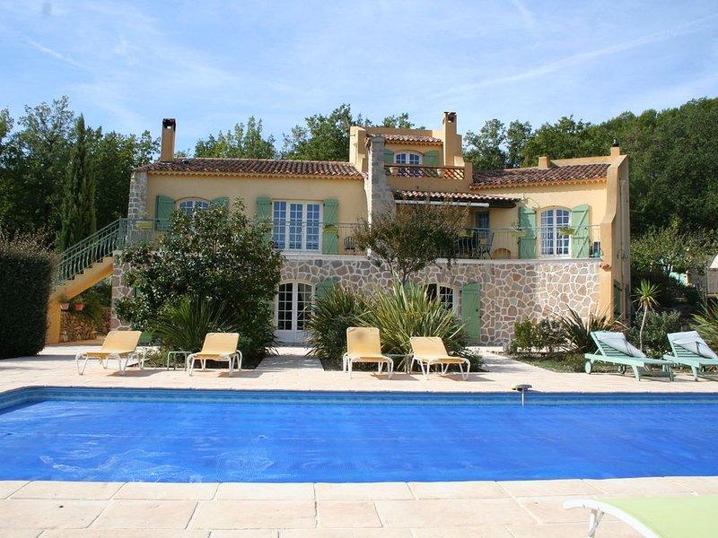 Le Mas des Tarentes entre vignes et forêts, holiday rental in Trans-en-Provence