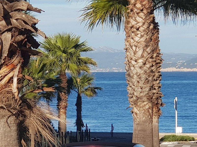 PROCHE DE LA PLAGE, holiday rental in Ile des Embiez