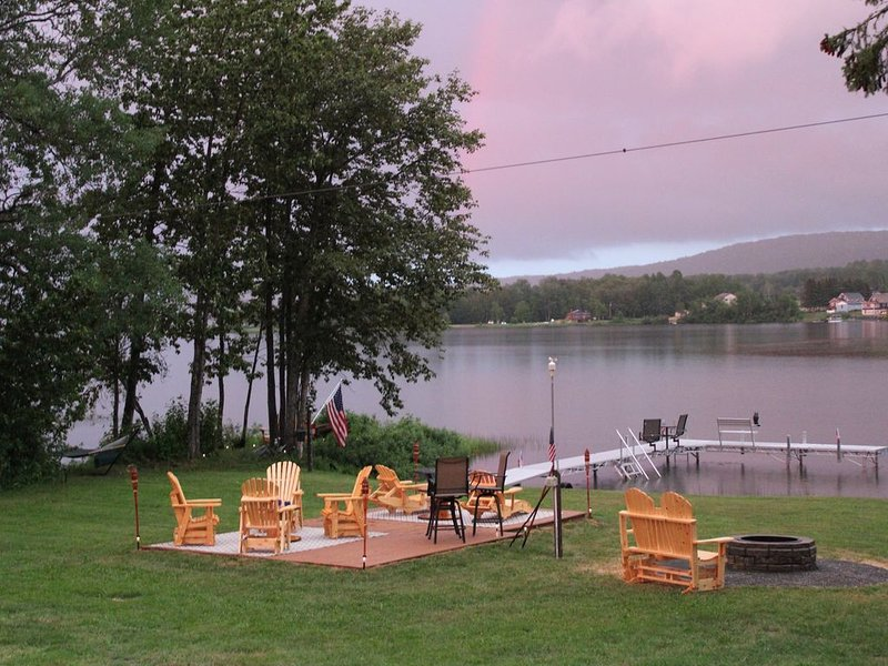 Lakeside Lodge Sinclair Maine LLC, alquiler vacacional en Saint Leonard