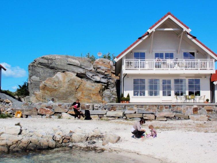 Ferienwohnung Ny Hytte (FJH222) in Hanøy - 4 Personen, 2 Schlafzimmer, holiday rental in Eikangervag