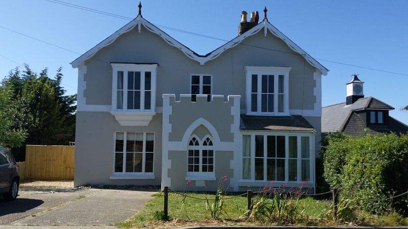 Victorian Seaside Villa, holiday rental in Norton