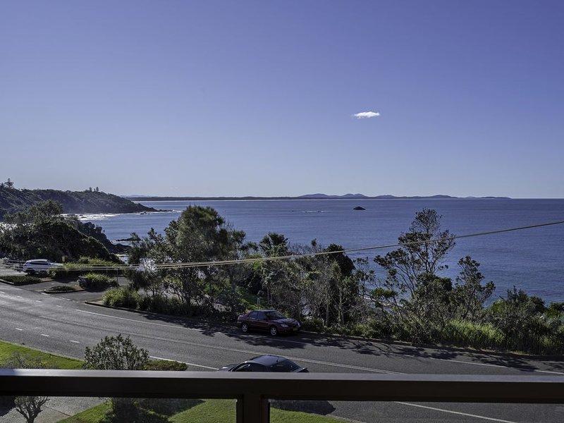 Nobby's 9 - Amazing Ocean Views, holiday rental in Port Macquarie