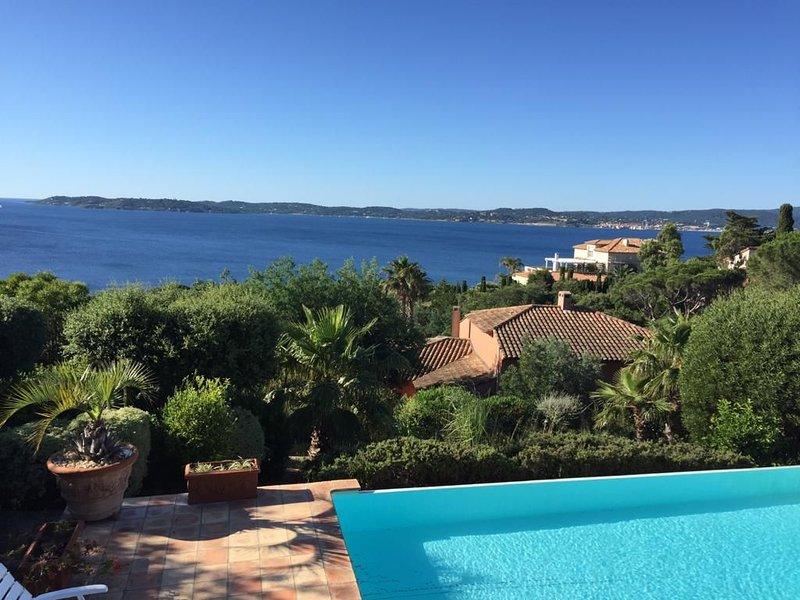 Location Villa 250 m²   vue mer   5 chambres   Terrain 2000 m², holiday rental in Sainte-Maxime
