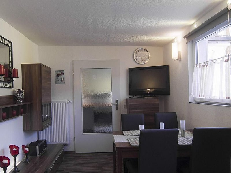 Bungalow in der ruhige Lage, holiday rental in Oberhaching