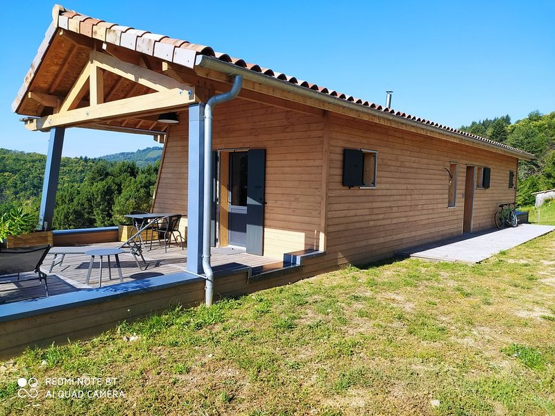 Gîte de la Chabanne - Studio et grande terrasse en pleine nature, holiday rental in Prades